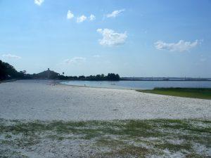 FL beach cloud lake